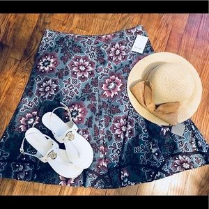 ❤️NWT flared floral skirt
